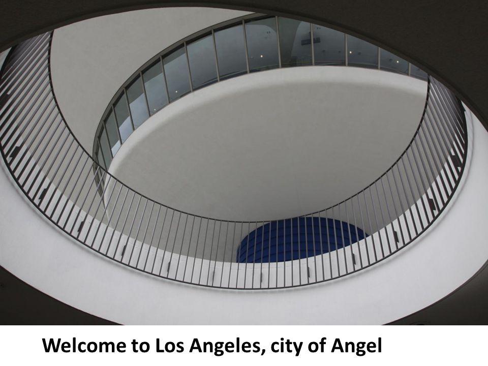 Welcome to the city of Angel, 當你踏出 LAX 機場所 看見的第一棟健築物就是 我現在站的地方, CBM Los Angeles branch 特地安排 我在這裡為遠方的朋友洗 塵, 歡迎你到洛杉磯 …… D. LAM