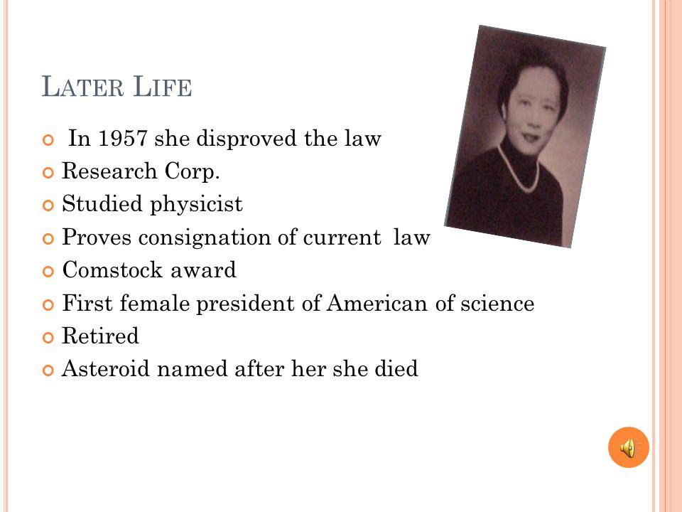 A CCOMPLISHMENTS Graduation Soochow girl school Bachelor degree Teacher during war She got chosen a member