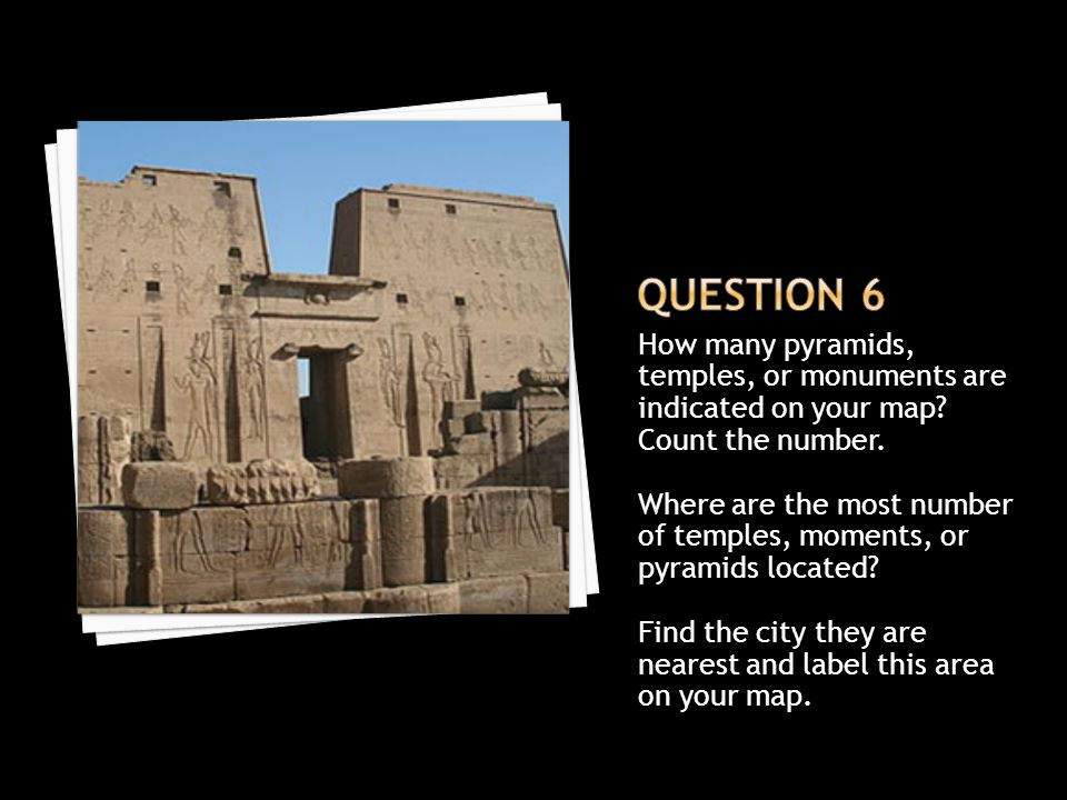 How many pyramids, temples, or monuments are indicated on your map.