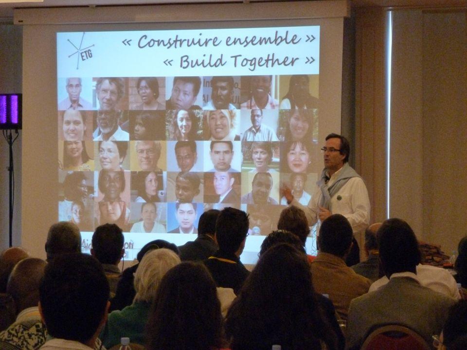 Octobre 2011 : Clôture des 3es Etats Généraux « Construire ensemble » « Build together »