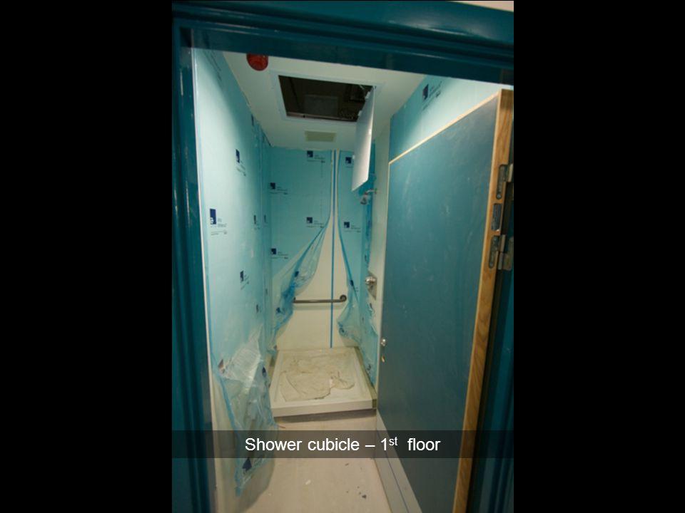 Shower cubicle – 1 st floor