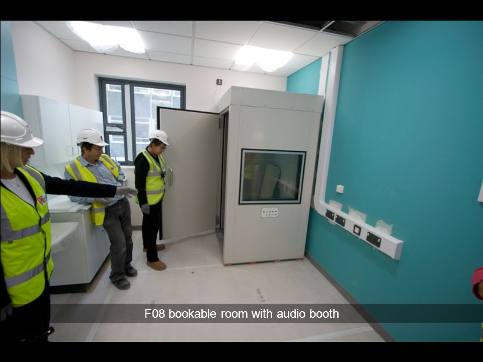 F08 bookable room with audio booth