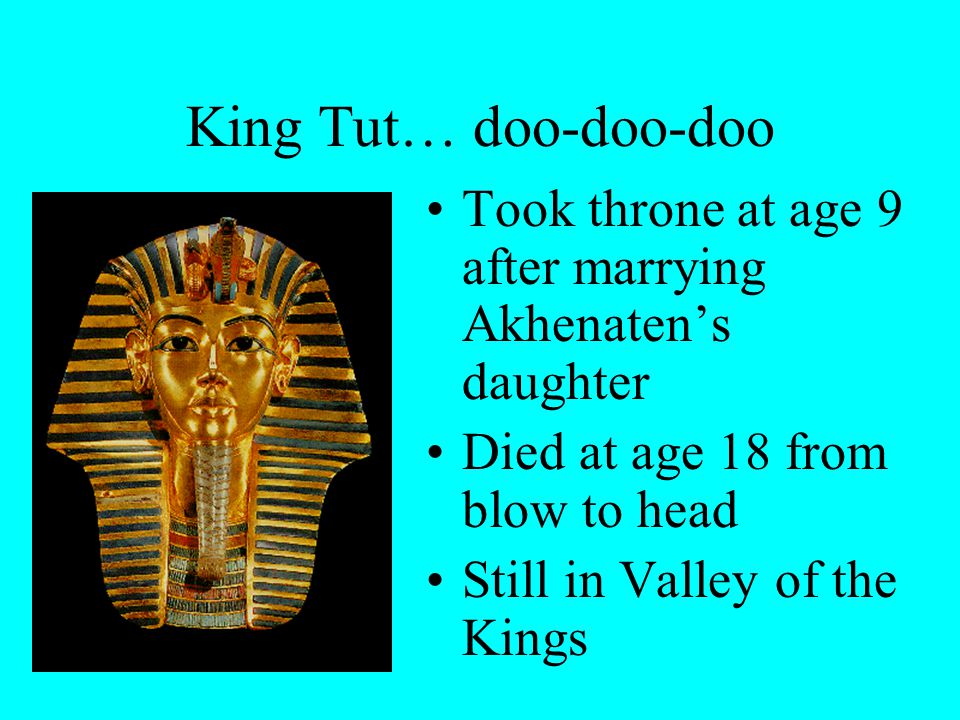 Quite different… Drawings of Akhenaten and family showed intimacy –No other pharaoh showed this Changed image to more neutral look