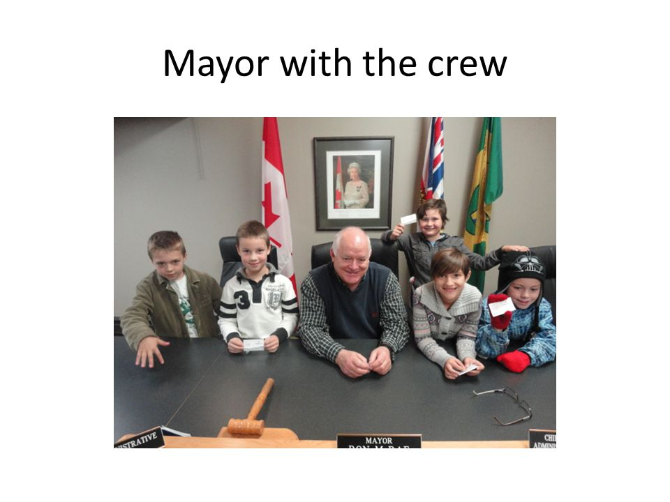 Mayor with the crew