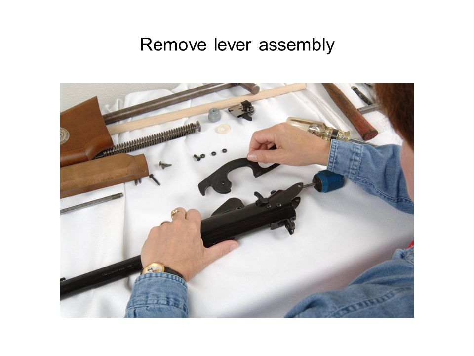 Remove lever assembly
