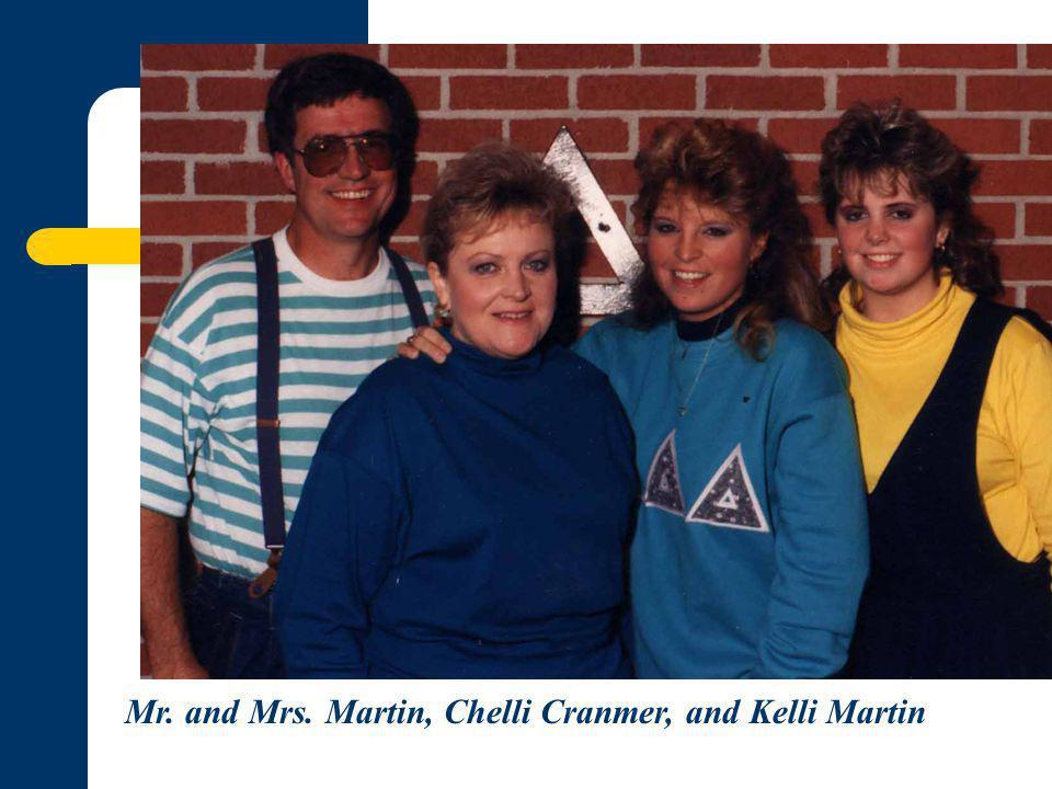 Mr. and Mrs. Martin, Chelli Cranmer, and Kelli Martin