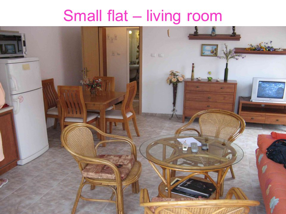 Small flat – living room