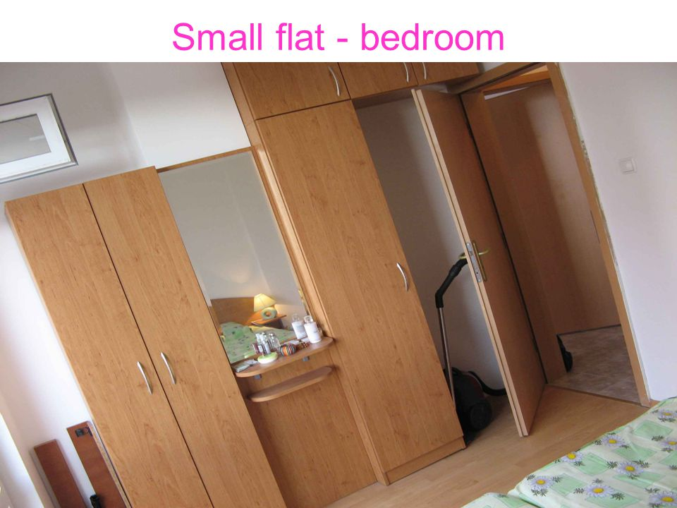 Small flat - bedroom
