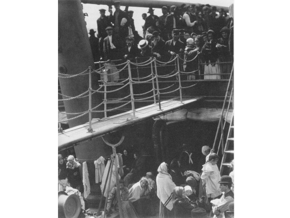Several hundred passengers were crammed into steerage with no fresh air. They slept in narrow bunk-beds, sometimes 3 high. There was 1 bath area for a