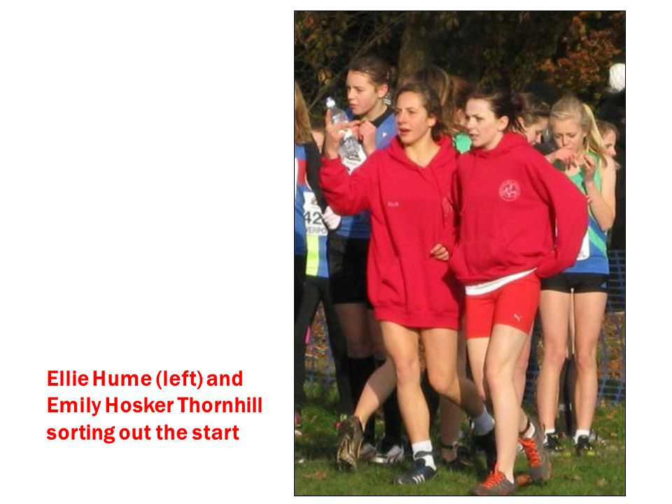 Ellie Hume (left) and Emily Hosker Thornhill sorting out the start