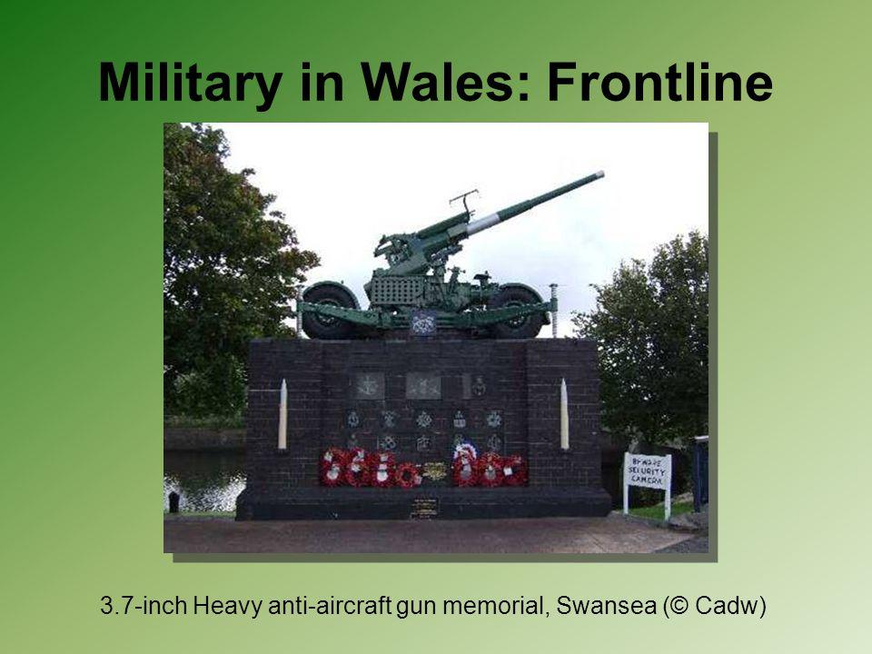 Military in Wales: Frontline 3.7-inch Heavy anti-aircraft gun memorial, Swansea (© Cadw)