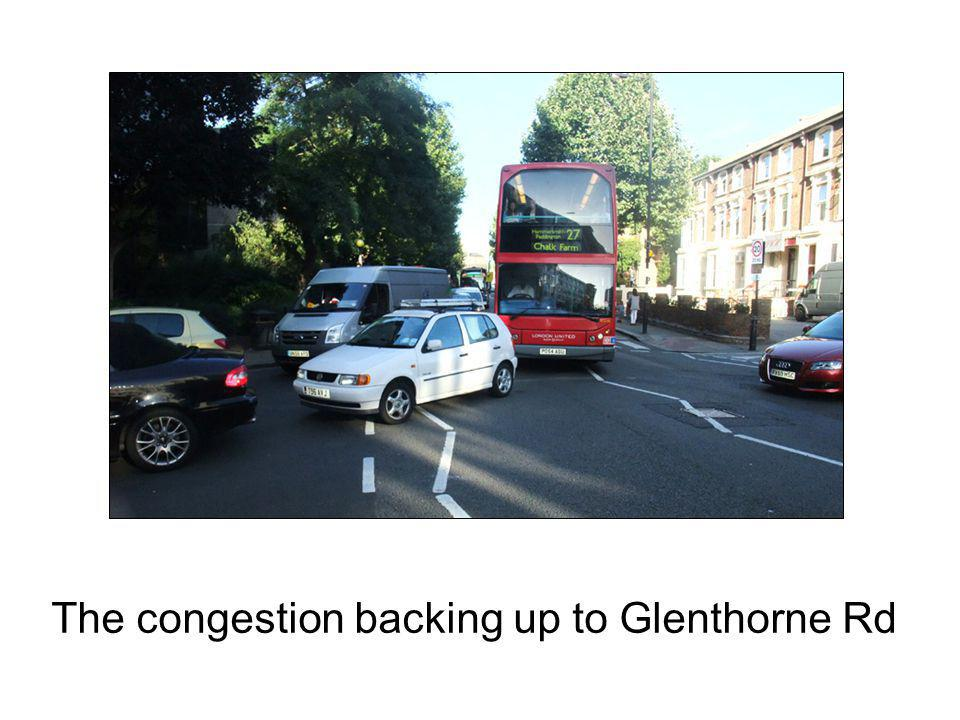 The congestion backing up to Glenthorne Rd