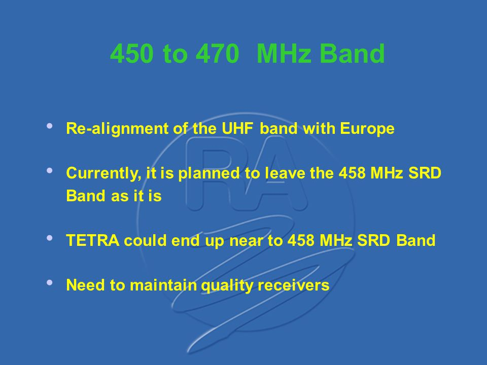 The 863 - 865 MHz The 863 - 865 MHz Band Wide band cordless audio devices up to 300 kHz Professional radio microphones, up to 200 kHz Narrow band cordless audio devices only in the band 864.8 to 865 MHz, up to 50 kHz