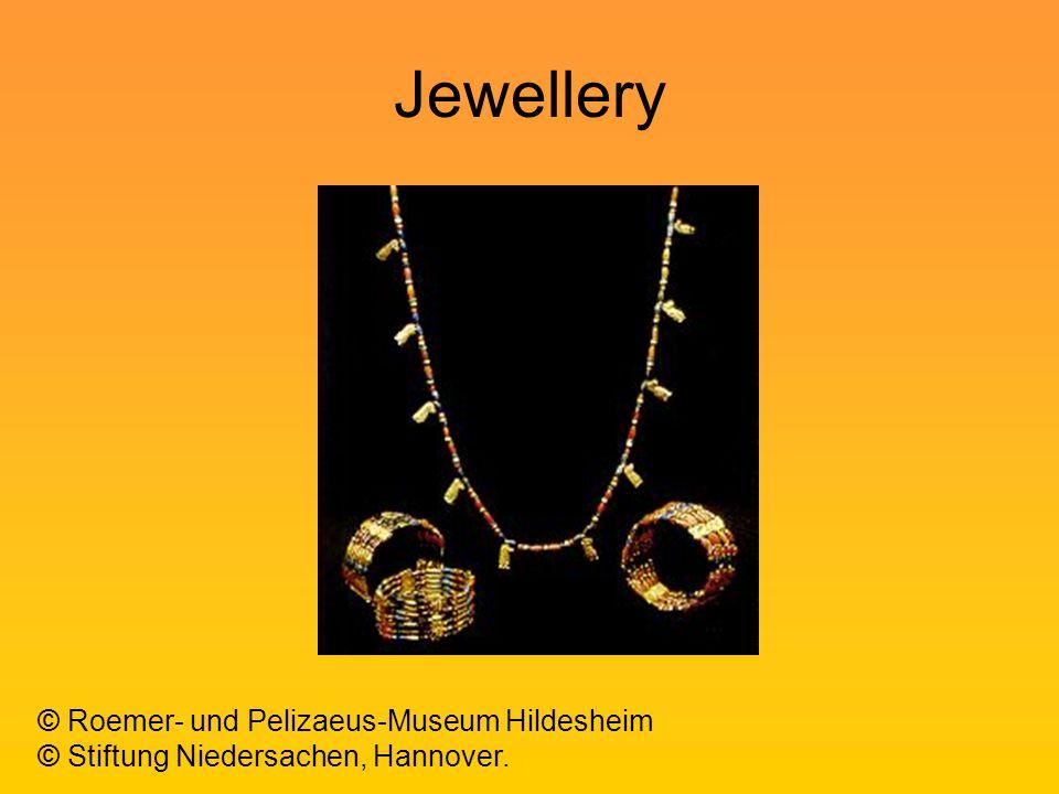 Jewellery © Stiftung Niedersachen, Hannover. © Roemer- und Pelizaeus-Museum Hildesheim