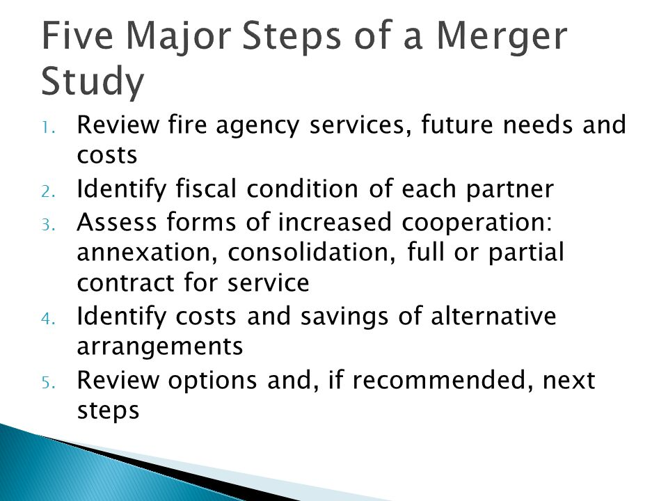 Cost Sharing in Contract for Service Alternatives  Cost share formulas that reflect all expenses and divide cost in proportion to workload and/or risks  Typical formula components: ◦ Assessed value ◦ Population ◦ Calls for service ◦ Line firefighters on-duty per day ◦ Number of fire stations