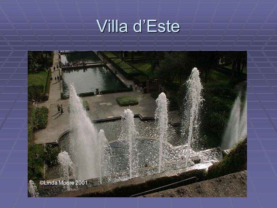 Villa d'Este ©Linda Moore 2001