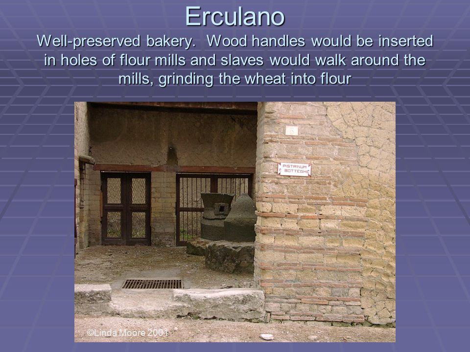 Erculano Well-preserved bakery.