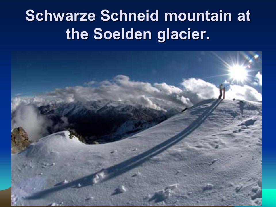 Schwarze Schneid mountain at the Soelden glacier.