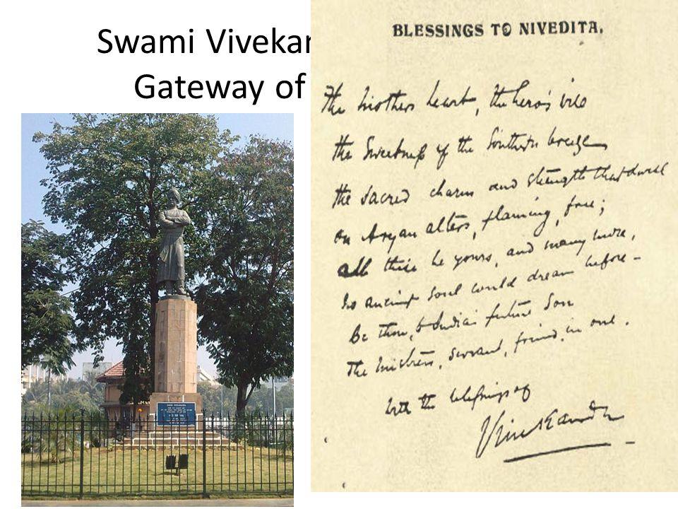 Swami Vivekananda statue near Gateway of India, Mumbai.