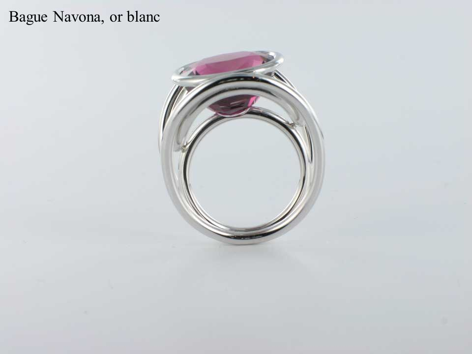 Bague Navona, or blanc