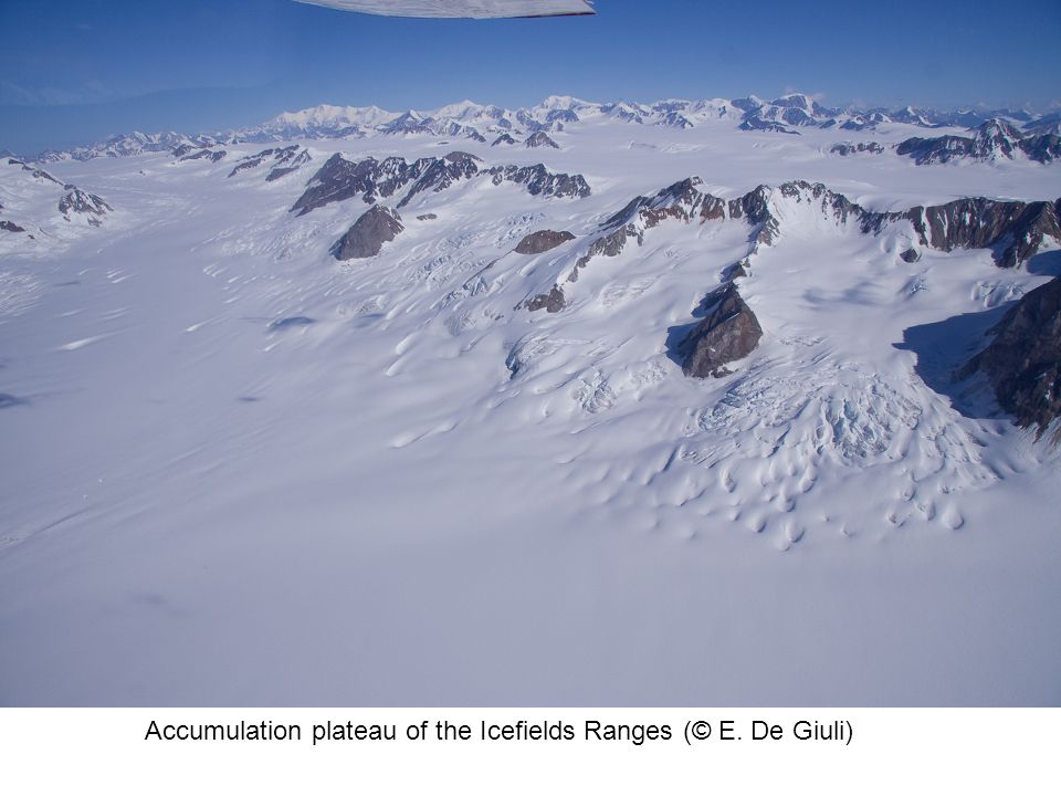 Accumulation plateau of the Icefields Ranges (© E. De Giuli)