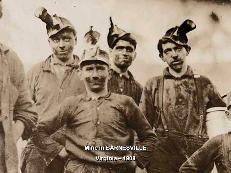 3 young horse and hinny drivers in Virginia – 1908 Open flame lamps on their helmet !