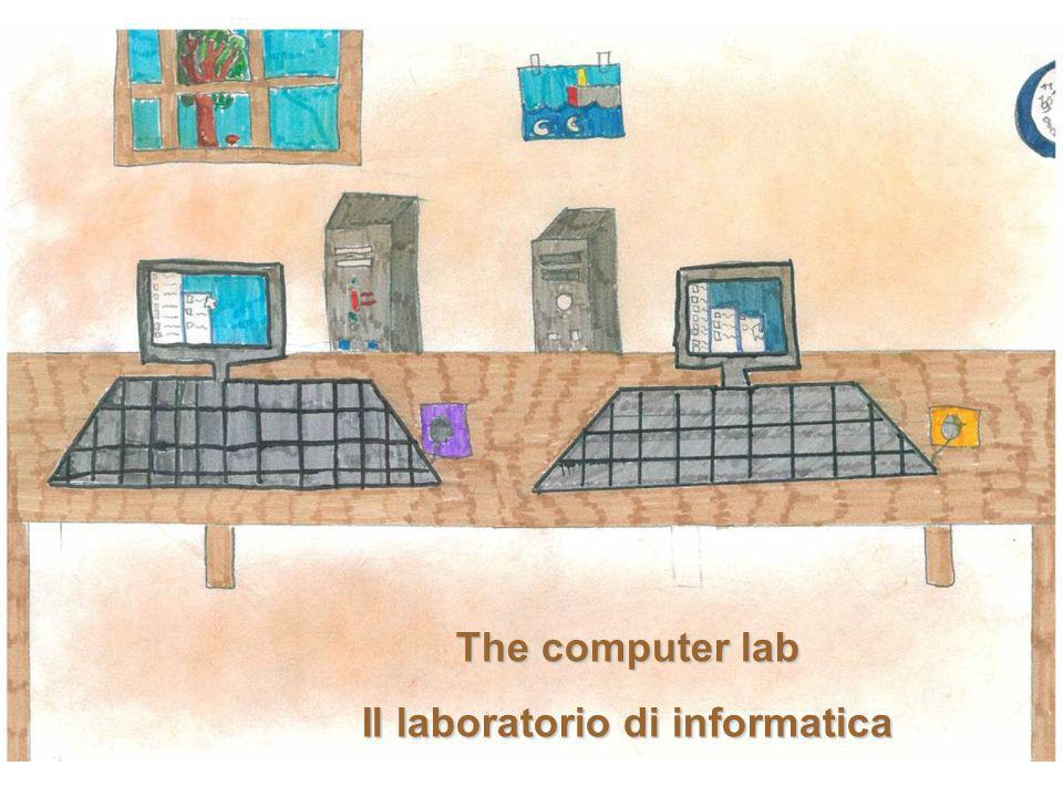 The computer lab Il laboratorio di informatica