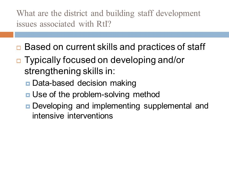 What are the district and building staff development issues associated with RtI.