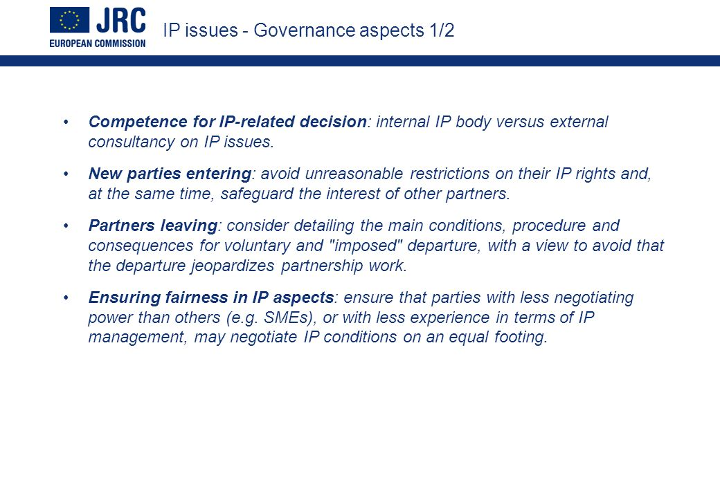 Competence for IP-related decision: internal IP body versus external consultancy on IP issues.