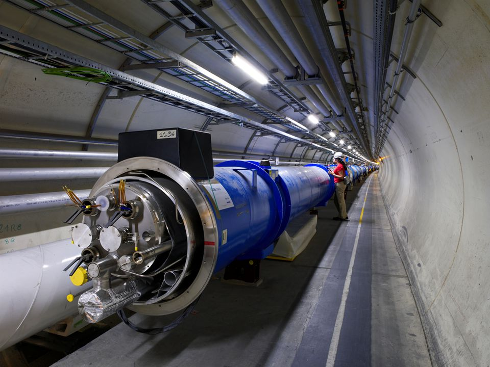 CERN benjamin.todd@cern.ch Machine Protection – A Future Safety System The Large Hadron Collider