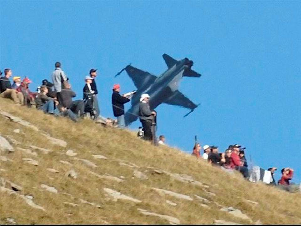 AIR SHOW IN THE SWISS ALPS