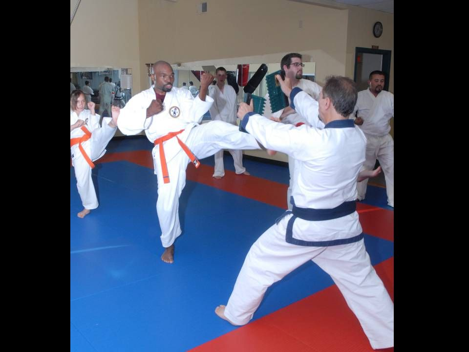 Adult class – CJ breaking with front kick