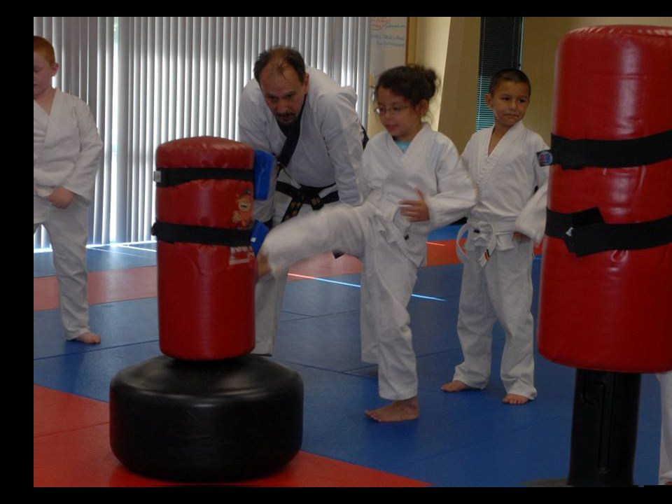 Kids class – Sophie front kick on bag